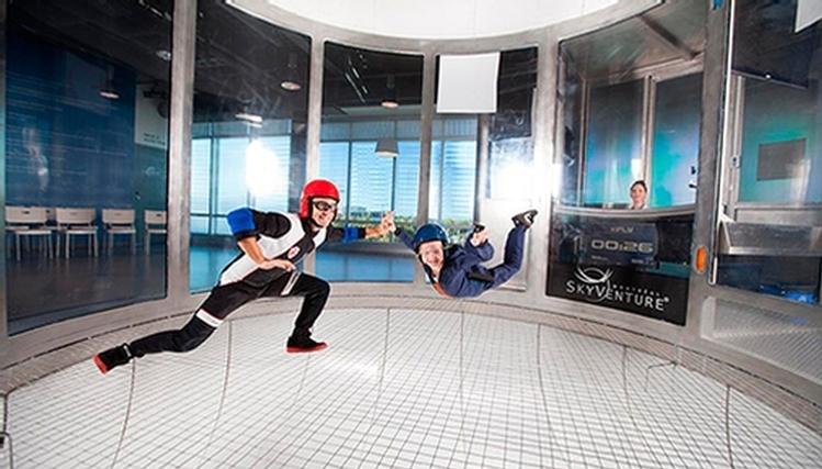 Skyventure skydiving int rieur laval montr al for Activite interieur a quebec